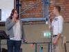 Ein Musikstück dargeboten von zwei Schülern.