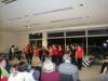 Nach der Pause geht es gleich schwungvoll weiter: Die Tanzgruppe der 11./12. Klassen zeigen eine im Rahmen der Projektwoche einstudierte Choreographie.