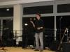 Janik jongliert und fasziniert das Publikum.