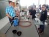 Spannende Experimente auch bei den Physikern